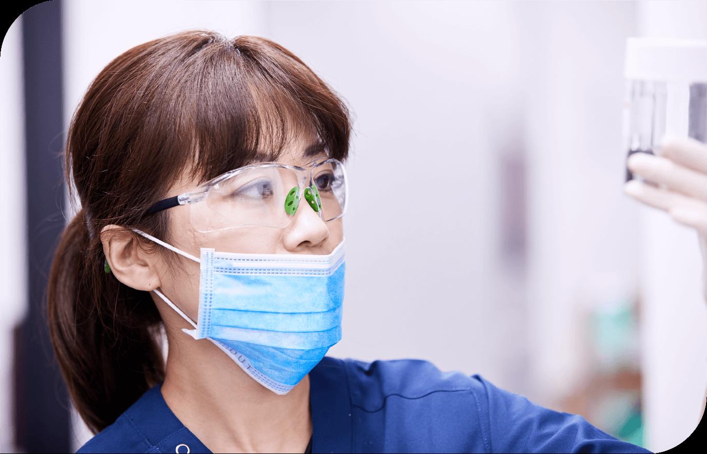 女性医師2
